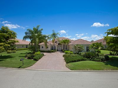 Naples,Bonita-Beautiful private 4+Den,3Bth,Pool/Jacuzzi Home in Gated Community