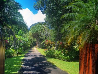 Hanalei house rental - Through these gates lies one of Kauai's premier vacation properties. Aloha!