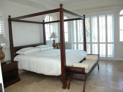 Master bedroom overlooking beach