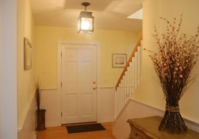 Entry way in front house.