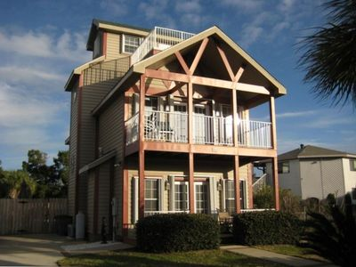 Destin Beach House Rentals on Miramar Beach House Rental   3 Story Beach Nest  3 Bedrooms And 3 Full