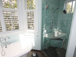 Master Bathroom - Manhattan Beach house vacation rental photo