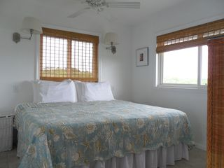 Staniel Cay cottage photo - Bedroom with joinable twin beds
