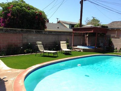 Charming 4 Bedroom Home With Pool & Spa, Venice Beach near Trendy Rose Ave