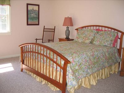 The Queen bedroom is bright, sunny and features spacious closet, two windows.