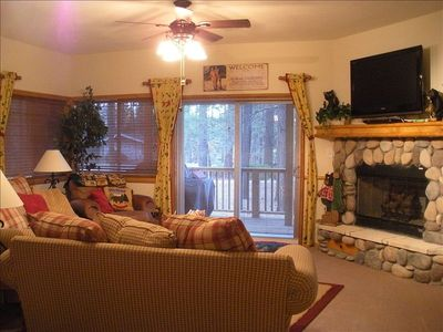 Living Room w/ view deck, BBQ, TV/DVD, gas fireplace to enjoy all the comforts
