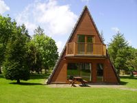 Luxury 2 storey  A-Frame Lodge No 1 Lakeview Country Club
