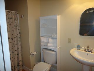 2nd bathroom - Ludlow house vacation rental photo