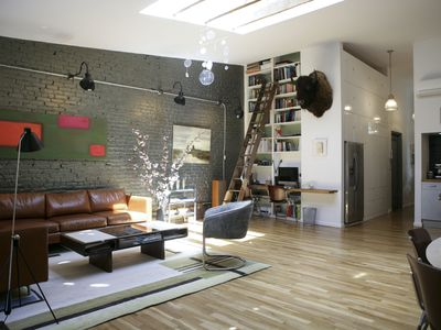 Reviews of Luxurious Design Loft, Centrally Located in Lower ...