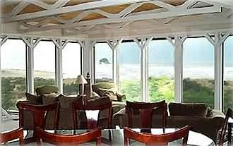 Floor to Ceiling Windows provide a VIEW like no other accommodations!!