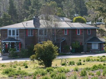 Cambria house rental - Beautiful Mansion built as a B&B in 1983.