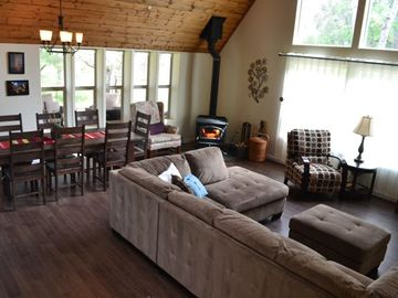 Yosemite National Park house rental - The great room brings family together.