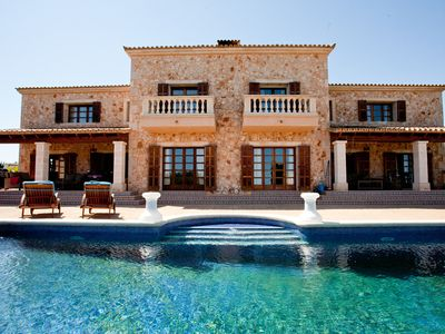 Exclusive 7 bedroom stone house with panoramic sea view, pool, beach nearby, WL