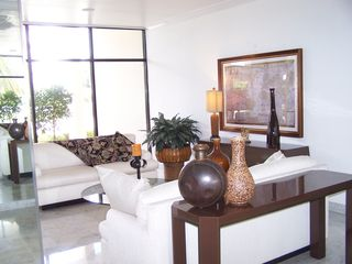 West Palm Beach condo photo - Building lobby