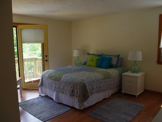 Mashpee house photo - Master suite with full bath