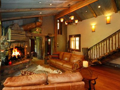 Amazing and artistic interior design takes you back to the old west