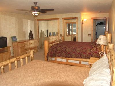 Bigfork cabin rental - guest bedroom