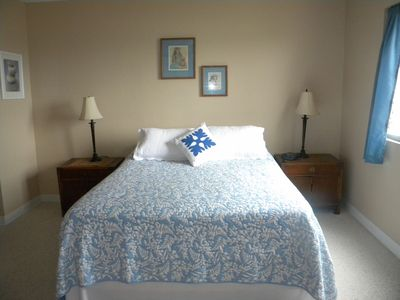 Kailua Kona condo rental - Bedroom, new high end bedding