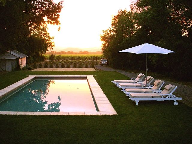 Modern country cottage swimming pool privacy vineyard - Cottages to rent with swimming pool ...