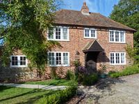 SHEPHERDS FARM HOUSE, family friendly in Lenham Heath, Ref 7364