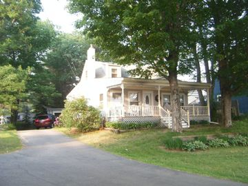 Lake Winnisquam house rental - Winnisquam Lakeview House