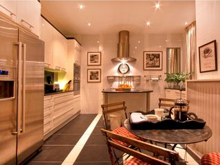 8th Arrondissement Champs Elysees apartment photo - Kitchen