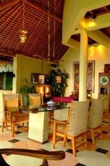 Ubud villa photo - Dining room seats 8 persons comfortably.