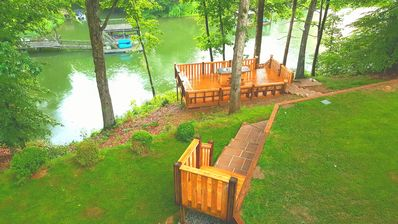 Beautiful Lake Norman Waterfront Private Retreat w/ Magnificent Views and Sunset