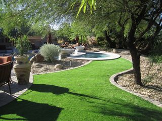 Scottsdale house photo - Practice your putting in our back yard!