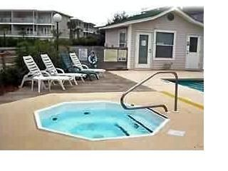 Destin condo rental - Hot tub