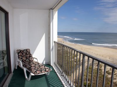 Direct Oceanfront - Updated 2-BR Condo w/ Wi-Fi, Roku & Gr8 Views