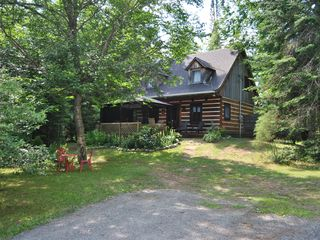 Superb Wood Chalet In A Warm And Comfortable Homeaway