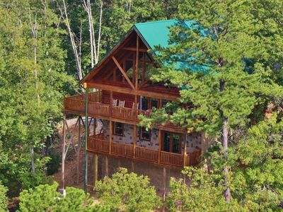 Sevierville lodge rental - We are located at the very top of Panther Knob.