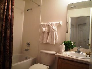 Haines City villa photo - Shared bathroom