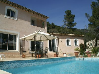 Villa with beautiful views and private pool in Bargemon (2 km)