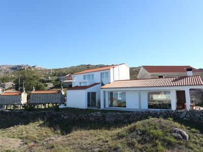 MODERN HOUSE NEAR THE BEST BEACHES IN GALICIA