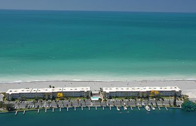 Aerial view of Fisherman's Cove Condo at Turtle Beach on Siesta Key