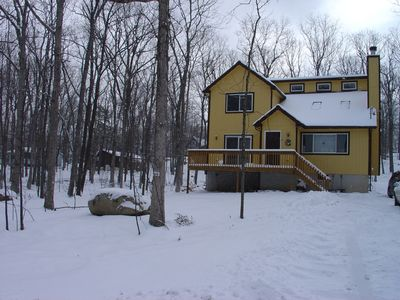 House in the snow - Shawnee Ski area is 30 min away