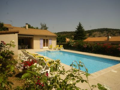 Detached villa in a small villa neighborhood with fruit trees and swimming pool