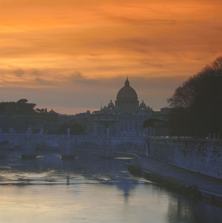 St Peter from the river Tevere