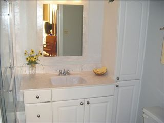 Madeira Beach condo photo - Master Bath