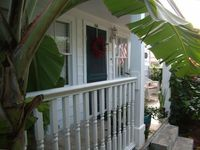 Fabulous Old Town House Close to Duval with Private Pool!