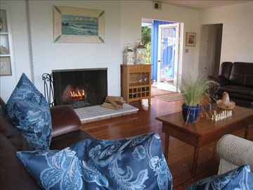 Great room w/ wood burning fireplace, queen sleeper sofa