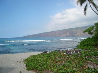 Kealakekua Bay house photo - Awesome scenes of ocean and mountain everywhere!