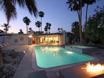 Palm Springs house rental - Welcome to Via Jacques! Large pool, built-in spa, fire pit, full poolside bar.