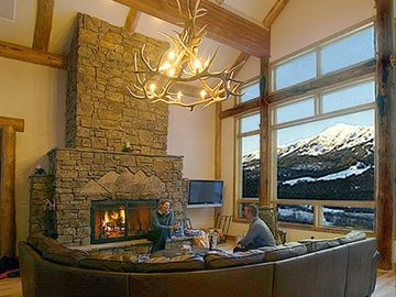 cozy home w/ wood burning fireplace, radiant heat for warm floors & awesome view