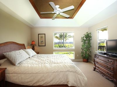 Waikoloa Beach Resort condo rental - BIG Master bedroom with King & plasma TV - NICE!