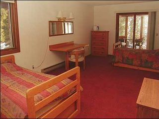 Erzincan house photo - Twin beds in 4th bedroom