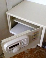 Ocean Park apartment photo - All of our units have Challenger safes, large enough for a 15' laptop.