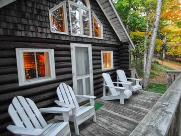 Front porch, Pearl Cottage